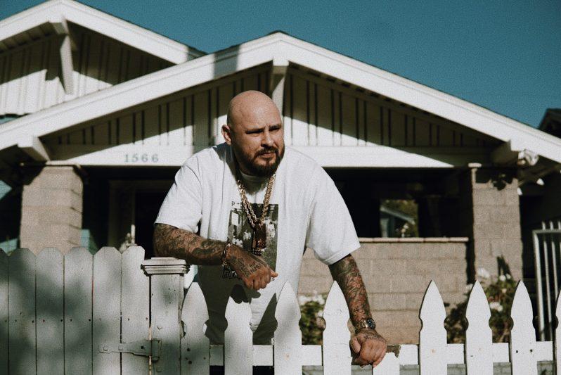Dro Fe nos recibe en la Narco House para hablar de su música, la cárcel, Dios & The Narco Wave [VIDEO]